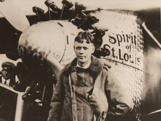 チャールズ・リンドバーグが大西洋横断飛行を成功させた後祝賀会が開かれた。